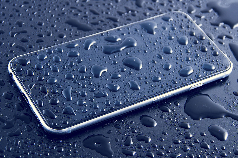 waterproof Smartphones offer little protection
